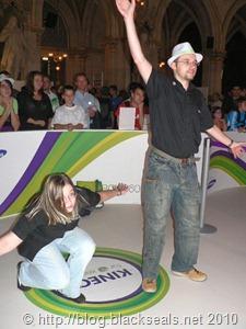 Microsoft_Xbox360_Kinect_person