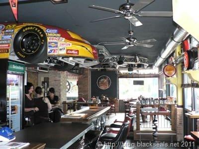 oilers69_restaurant_1