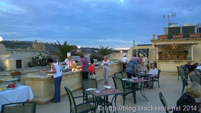 mediterranean_breeze_rooftop_restaurant_2
