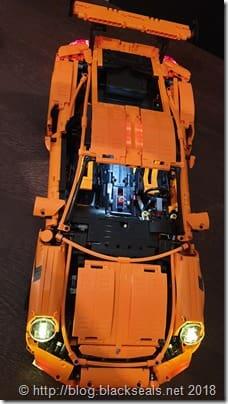 Lego_42056_Porsche-911-GT3-RS_1