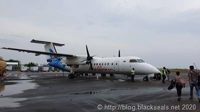 malidiven-airline-dash8-300